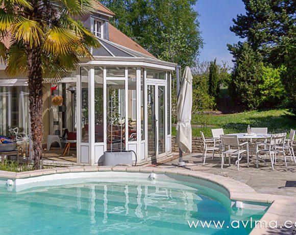 Villa récente et rénovée proche de tout 6 chambres / versant SUD
